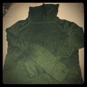 Old navy tracksuit set. Sweatshirt with pants.